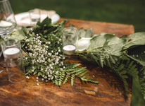 Thumbnail image for DIY Fresh Floral #Wedding Table Runner
